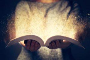 Überzeugende Bewerbung mit Storys wie magisches Buch